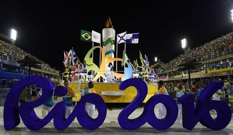 Se prende la llama olímpica, Brasil 2016
