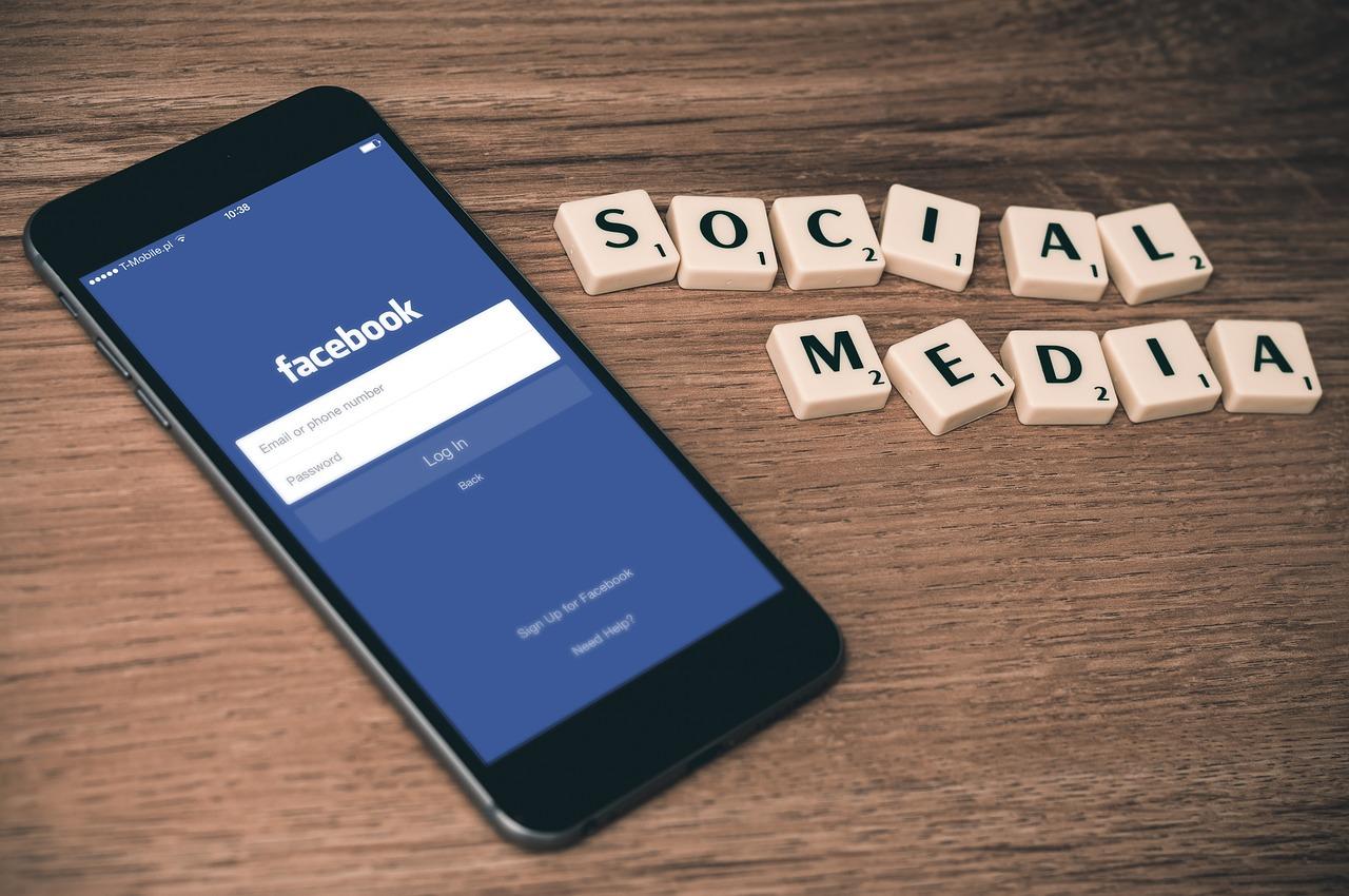 Pasos a tener en cuenta para gestionar tus redes sociales.