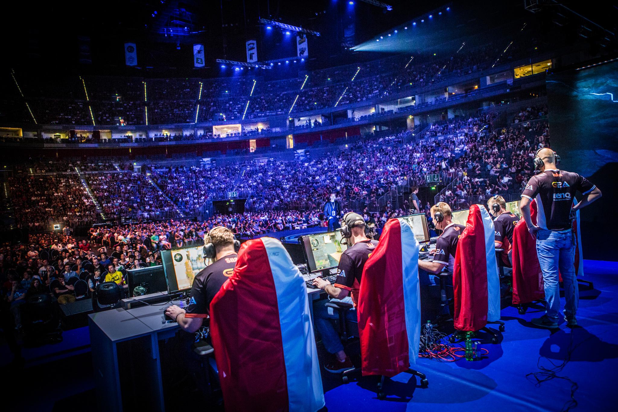 Los eSports (videojuegos)  una nueva disciplina olímpica.
