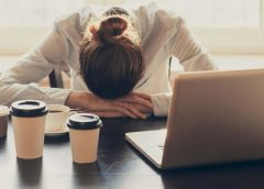 Adicción al trabajo. pautas para superarlo.